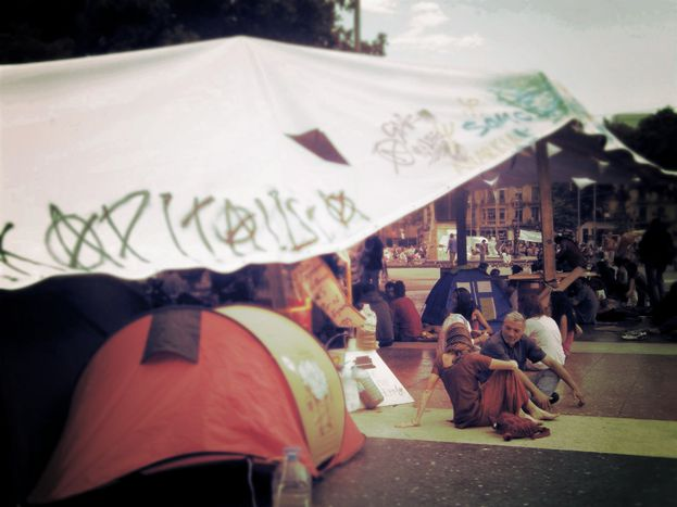 Image for Yes we camp guide: summer of revolutions 2011 (10 images)