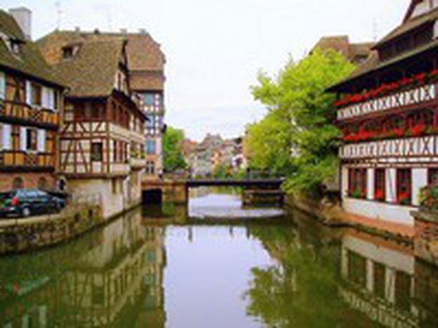 Image for Alsace : deux langues sur le papier