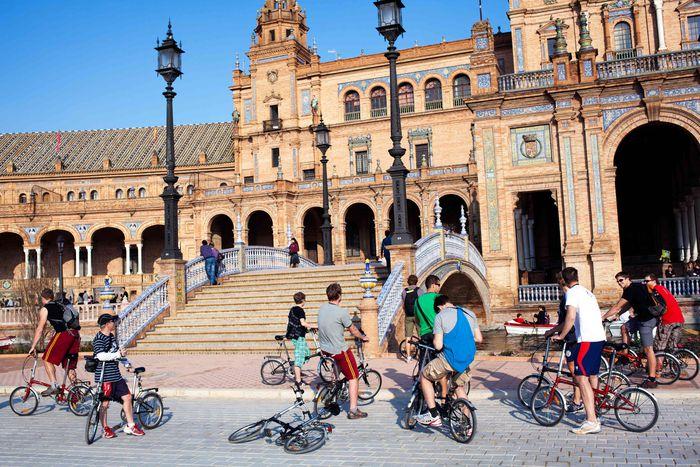 Image for Sevilla strampelt für bessere Luft