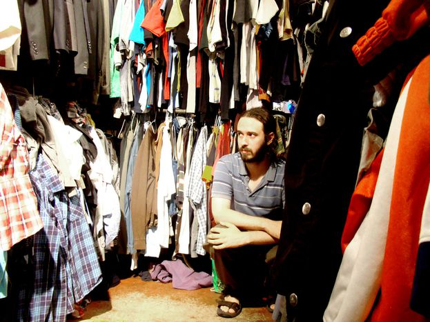 Image for Fashion crisis: buying second hand clothes in Brussels