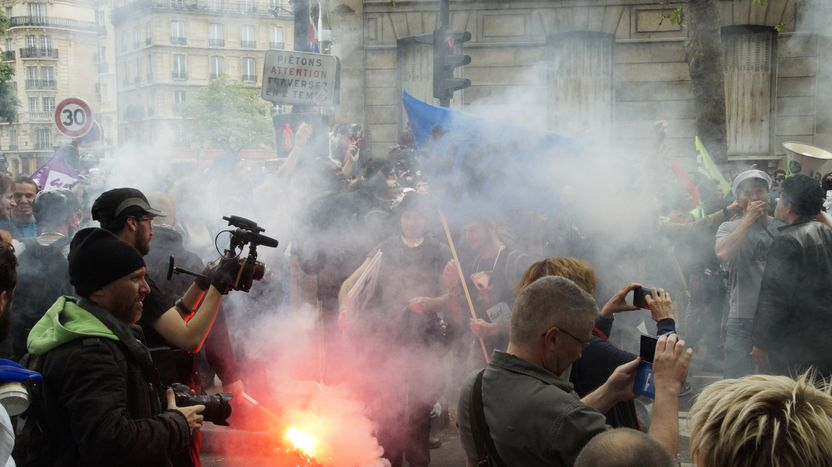 Image for [Video]Paris protests: Not all tear gas and troublemakers?