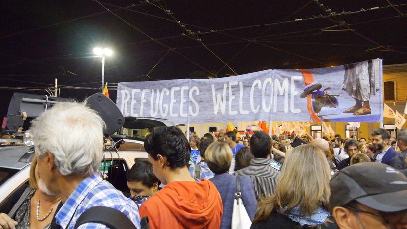 Image for Un giro dentro l'hub: comeMilano accoglie i migranti