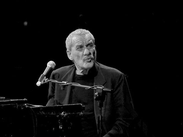 """Image for Con l'ultimo album""""Snob""""Paolo Contesi riconferma autore internazionale"""