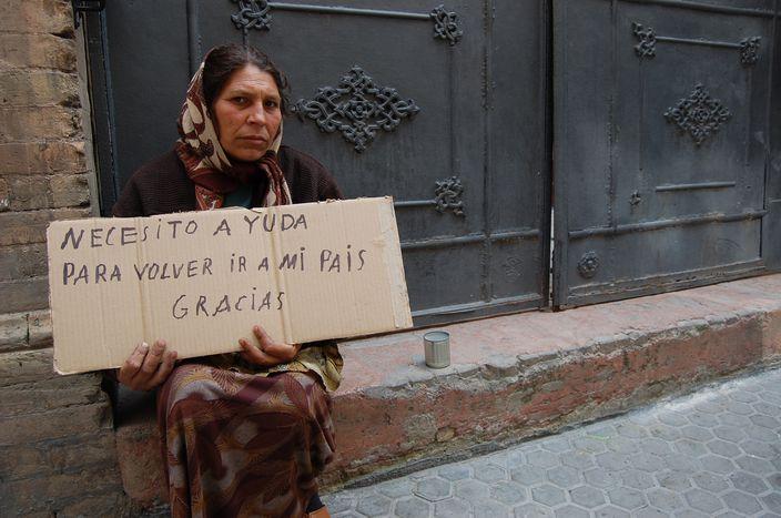Image for Fala imigrantów uderza w Sewillę, Hiszpanię i resztę Europy