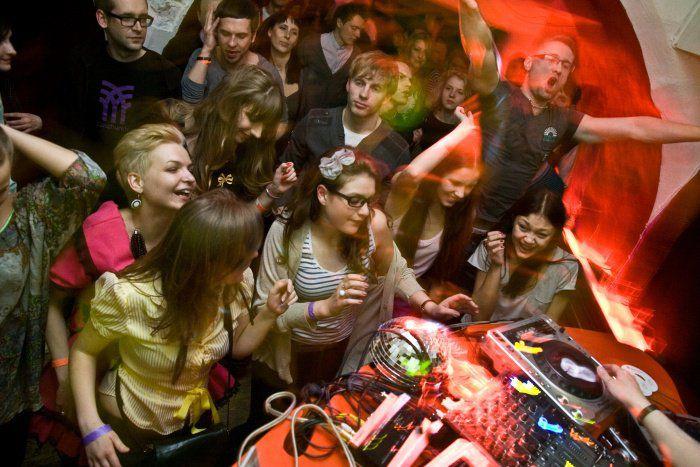 Image for La vie nocturne de Vilnius : le chemin de la (dés)intégration