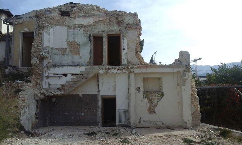 Image for Una giornata all'Aquila