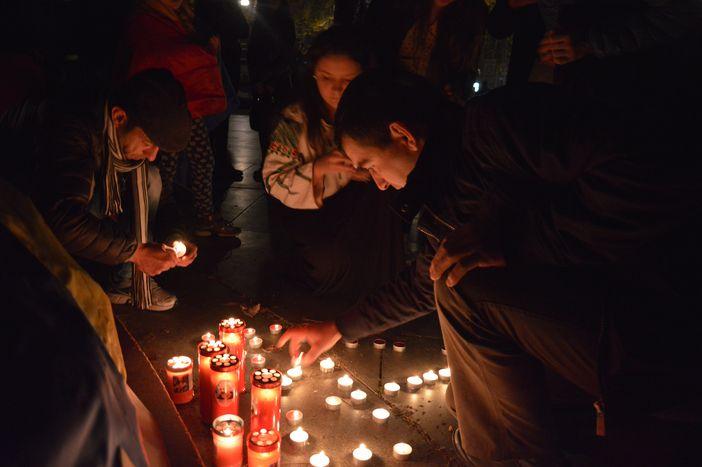 Image for La comunità romena di Torino in piazza in solidarietà conBucarest