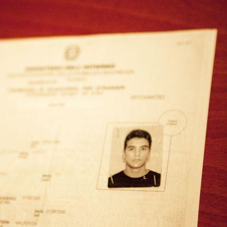Image for «La cittadinanza? Se vuole far prima, si sposi un italiano»