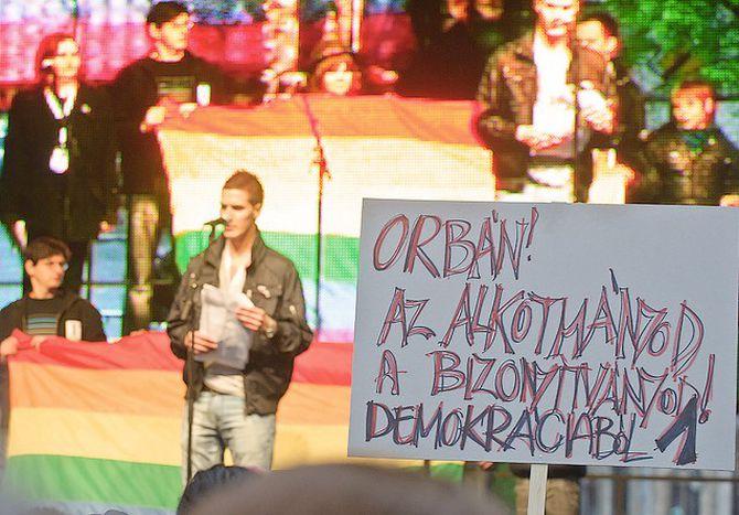 Image for An Orbáns neuer Verfassung scheiden sich die Geister
