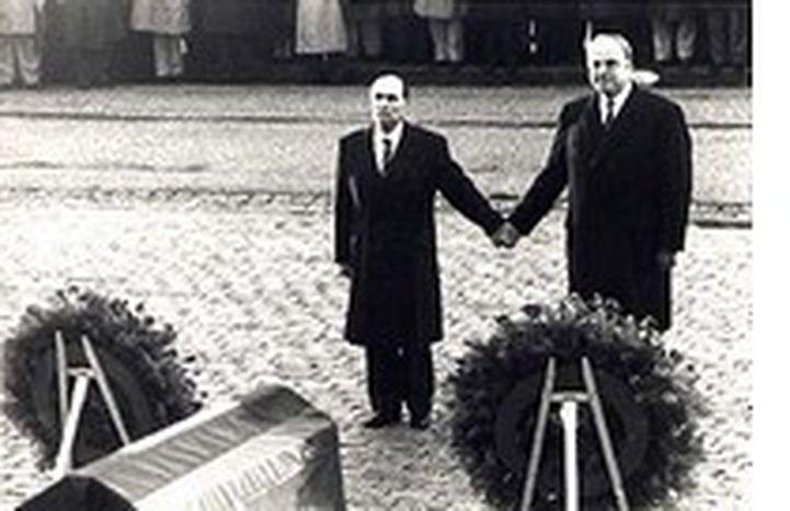 Image for Se Chirac rimpiange Schröder