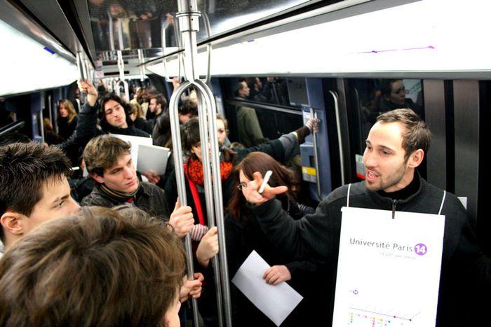 Image for La universidad del metro de París reta al 'discriminatorio' sistema educativo francés