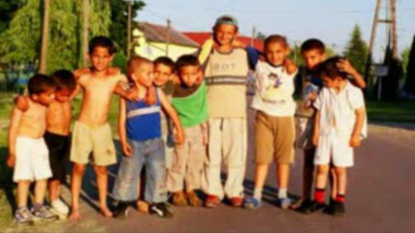 Image for Video : les enfants tziganes à Budapest
