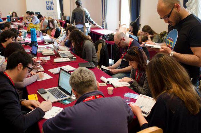 Image for Ritorno da Perugia: il giornalismo 2.0 o l'era degli sguardi chini