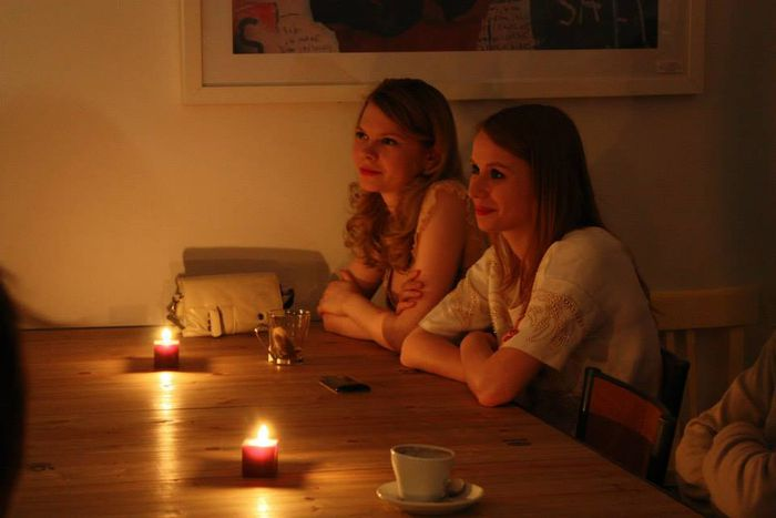 Image for Mehr essen, länger trinken: Anticafe Paris