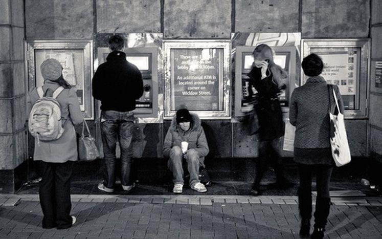 Image for Irlande : la pauvreté ne se conjugue plus au passé