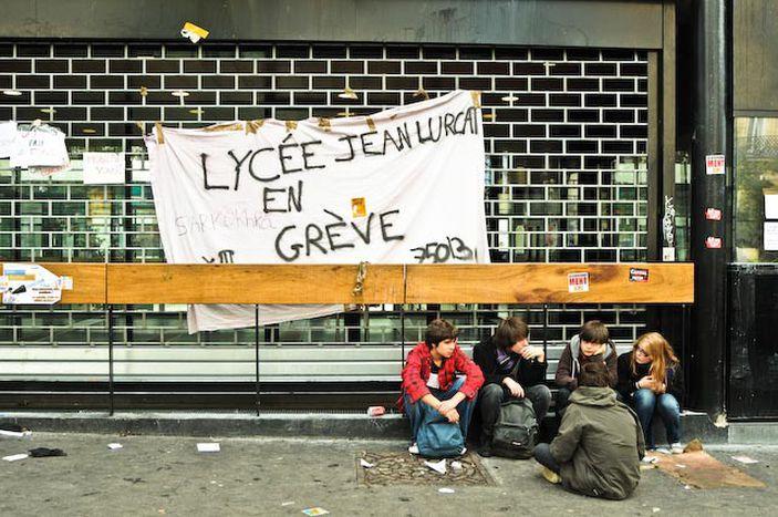 Image for « Sarko t'es foutu, la jeunesse est dans la rue!» - Images de manif'