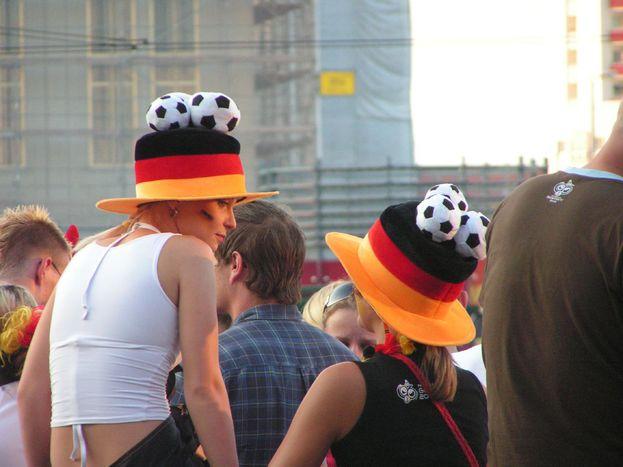 """Image for Dlaczego Niemcy śpiewają """"Schland""""?"""