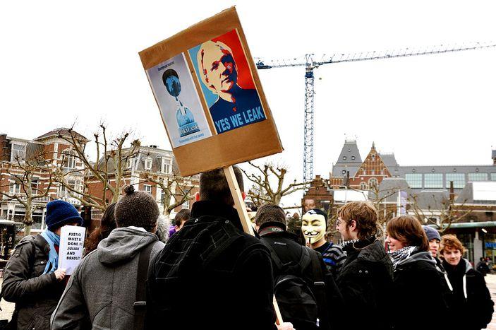 Image for WikiLeaks : l'UNESCO « poke » mais ne « like » pas