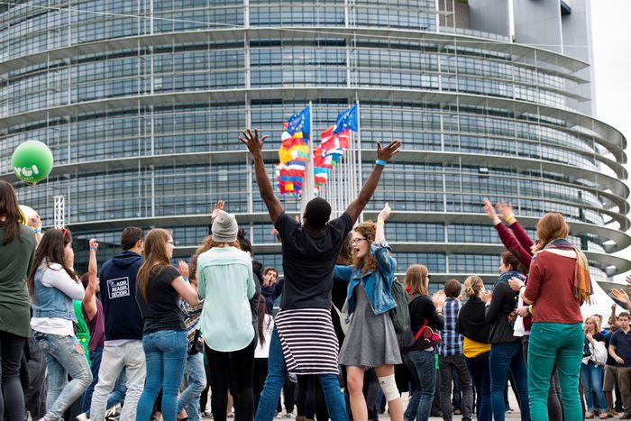 Image for Les élections européennes vues par les jeunes