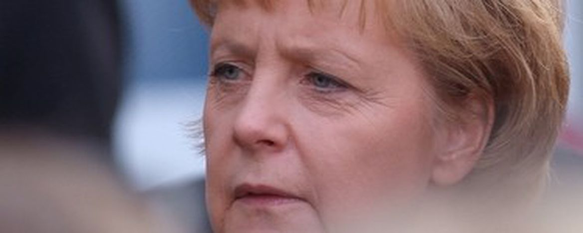 Image for Video, Berlusconi fa cucù alla Merkel