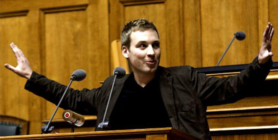 Image for Lukas Reimann : le visage (jeune) de l'euroscepticisme helvète