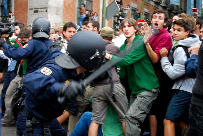 Image for 25-S à Madrid : juste un autre jour dans une Espagne décadente