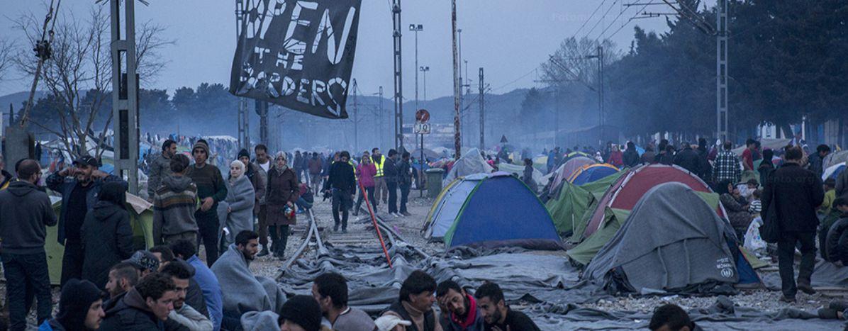 Image for Uchodźcy w Idomeni: Wnioski o azyl przez Skype'a