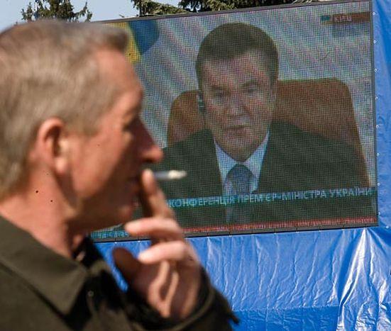 Image for Der pro-russische Janukowitsch siegt in einer blass-orangen Ukraine
