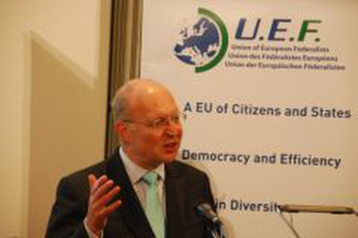 Image for Andrew Duff urges voters to support pro-lisbon parties